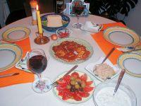 Meze Var. 2 (Krabenfleisch-Labchen und Taramosalata)