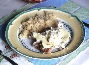 Elbasan Tavasi (Lammkoteletts in Joghurt)